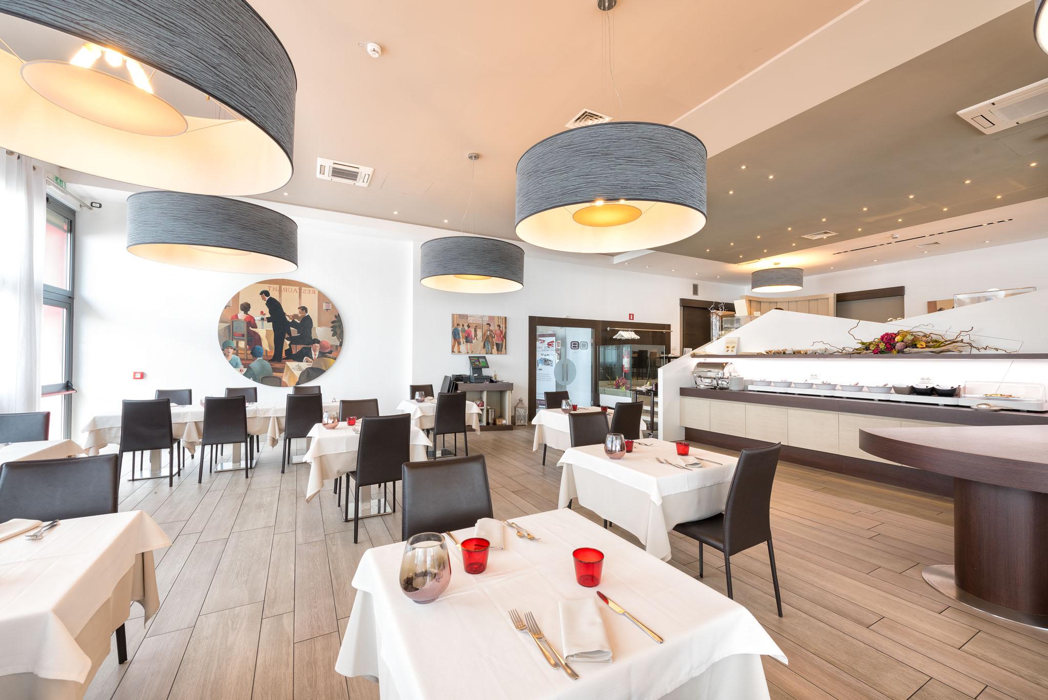 tavoli ristorante verona aeroporto