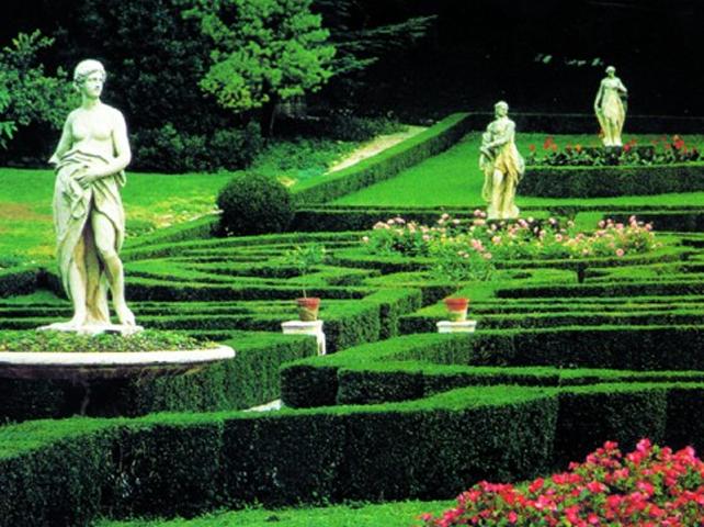 Il parco con le statue