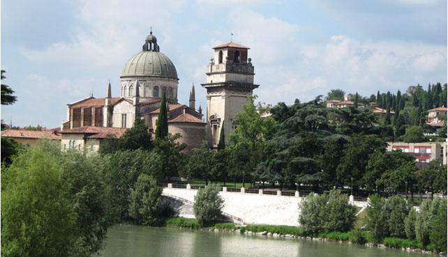 Verona-veduta-da-ponte_Pietra