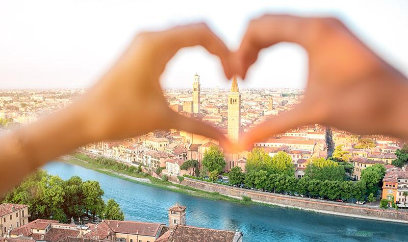 ♡ VERONA ROMANTICA ♡   SOGGIORNO CON WELLNESS E CENA INCLUSI + APERITIVO NELLA CITTÀ DI GIULIETTA E ROMEO a partire da €80,00